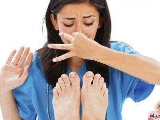 طريقة التخلص من رائحة القدمين